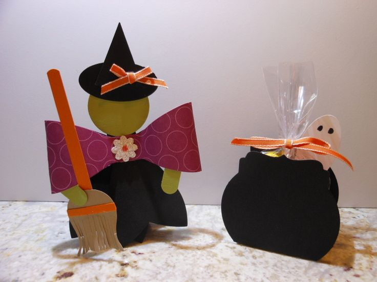 Witch and Cauldron - Gift Bow Bigz Die - I cut 4 of the bow ends to make the with stand by herself.