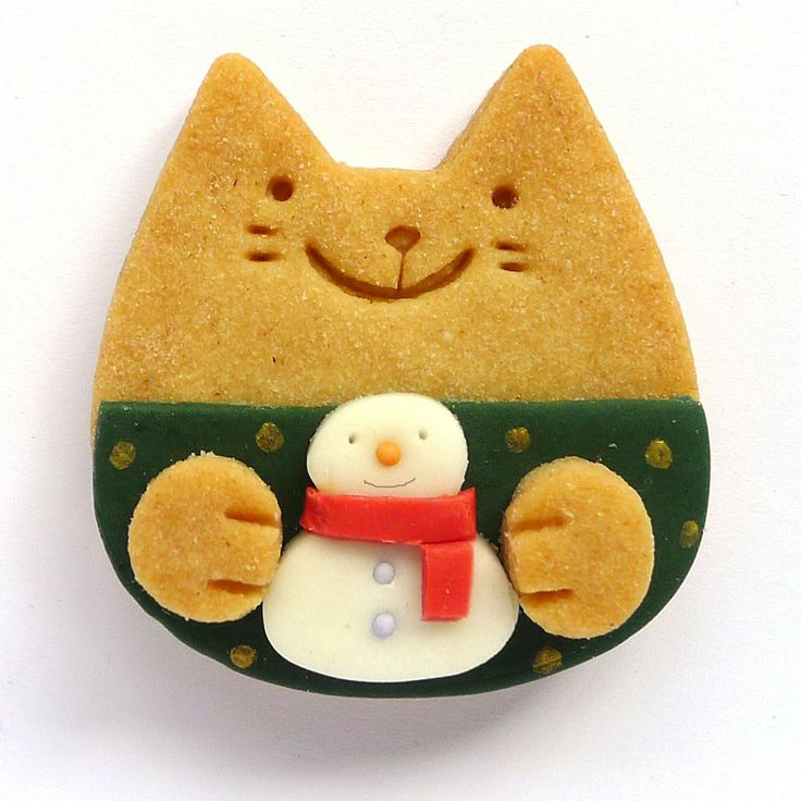 winter kitty cookie