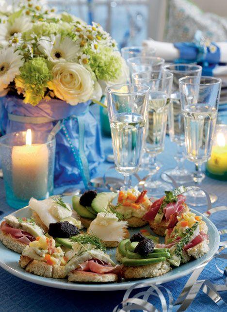 Gør nytårsaften ekstra festlig ved at starte aftenen med lækre canapeer til Dronnigens nytårstale.