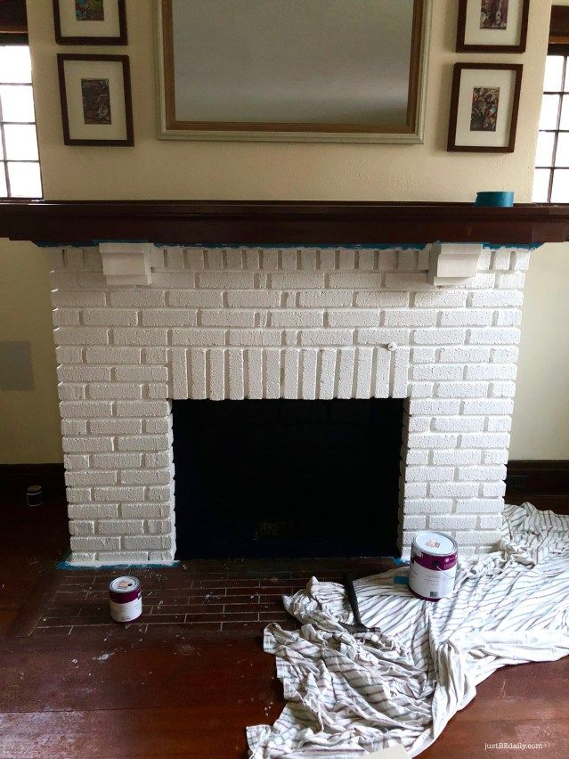 Just Be Daily S Diy Fireplace Facelift Painted Brick Update Check Out The Amazing Before And After Photos