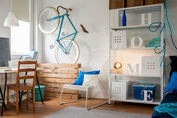 In een huis met minimalistische of industriële woonstijl hoort een grijze bank te staan. Laat je inspireren door deze vijftien prachtige grijze banken!