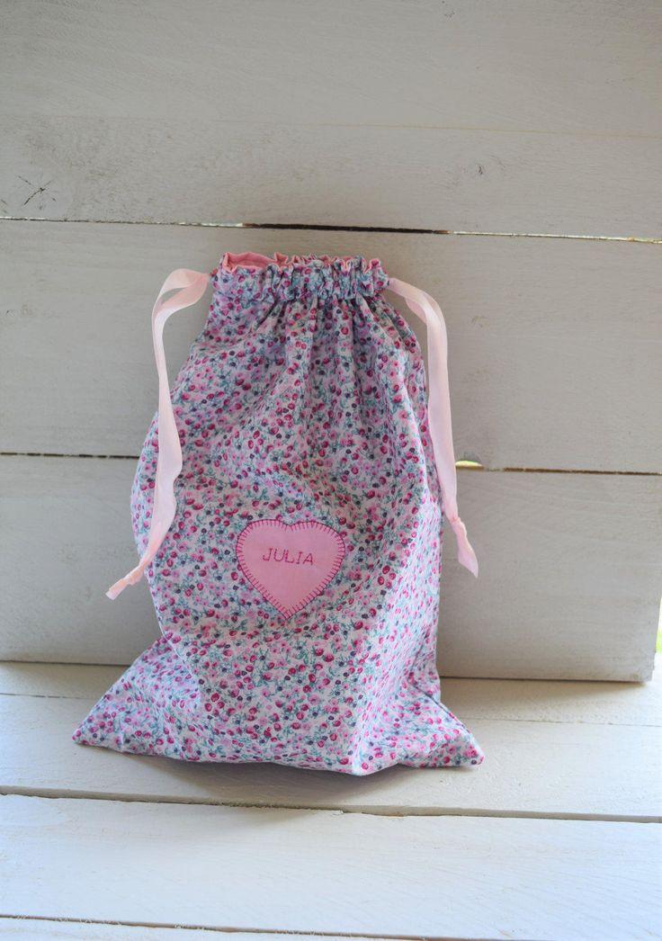 les 25 meilleures id es de la cat gorie sacs couches b b sur pinterest sac langer sacs. Black Bedroom Furniture Sets. Home Design Ideas