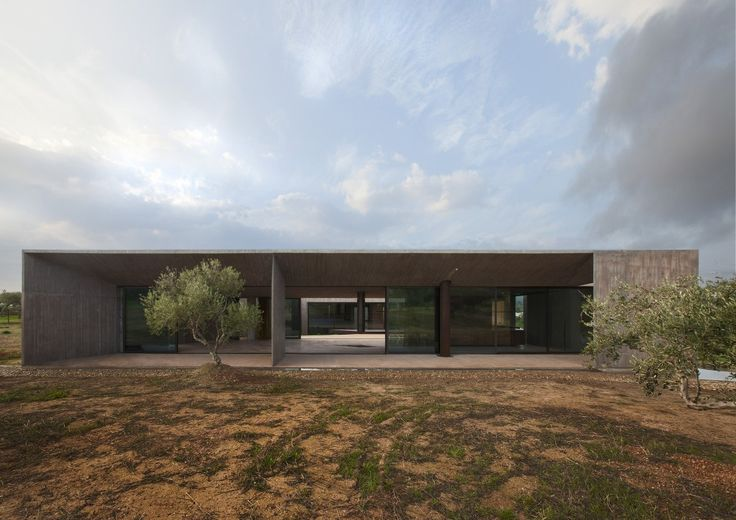 Residence in Megara / Tense Architecture Network