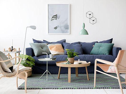 skandinavisches design neben dem around beistelltisch leaf stehleuchte von muuto http www. Black Bedroom Furniture Sets. Home Design Ideas