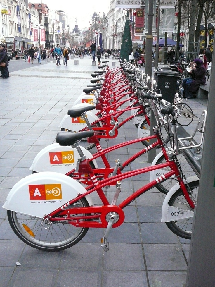 City Bikes. Discover Antwerp with Citypath, the ultimate digital city platform for tourists & locals! Go to: antwerp.citypath.eu