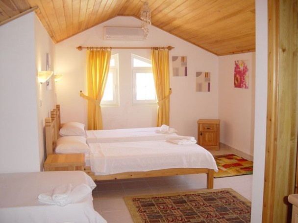 Bedroom Attractive And Functional Attic Bedroom Design: 36 Best Bedrooms Ideas Images On Pinterest