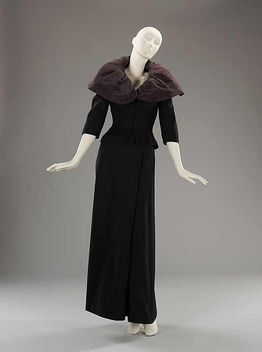 ❤❤❤ Copyrights unknown. Dinner suit  Charles James  (American, born Great Britain, 1906–1978).