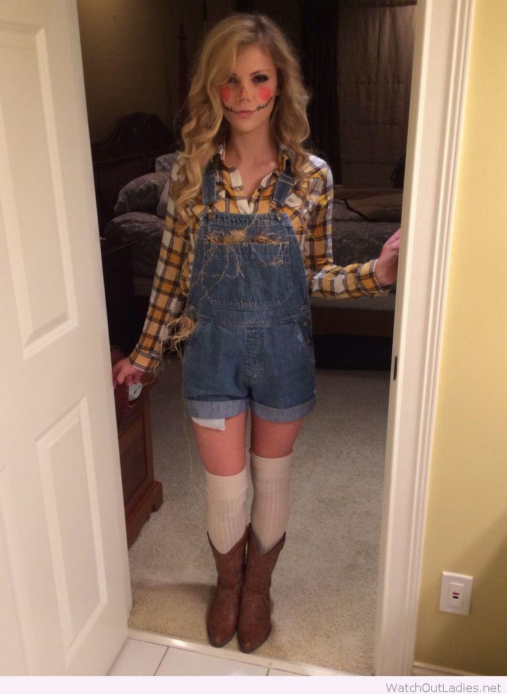 Scarecrow costume for Halloween