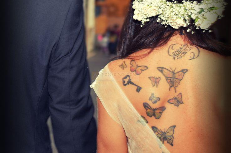 Tatuaggio o non tatuaggio ? #abitodasposa, #consigli, #foto, #fotografie, #makeup, #makeupartist, #matrimonio, #prewedding, #sposa, #sposi, #tatuaggi, #trucco