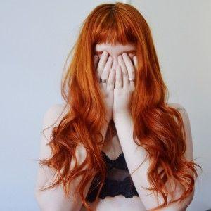 Liked on Pinterest: Igora 7.77 ox 30 (aplicada apenas na raiz)  tonalização com anilina (no cabelo todo) - Dentro de casa