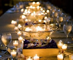 i love all the candles: Candles Lights, Ideas, Tables Sets, Floating Candles, Candles Centerpieces, Wedding, Teas Lights, Dinners Parties, Center Pieces