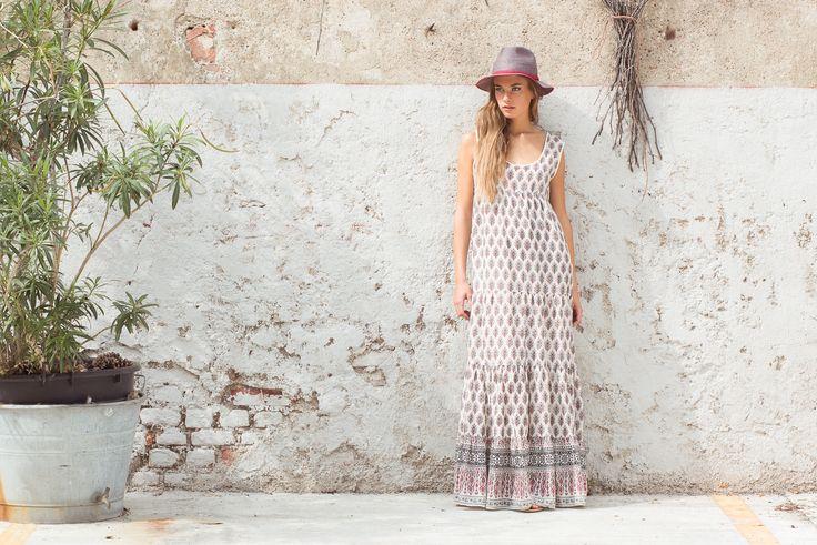 Amalfi Hat, Amarena. Janis Dress Santa Fe Print, Natural.