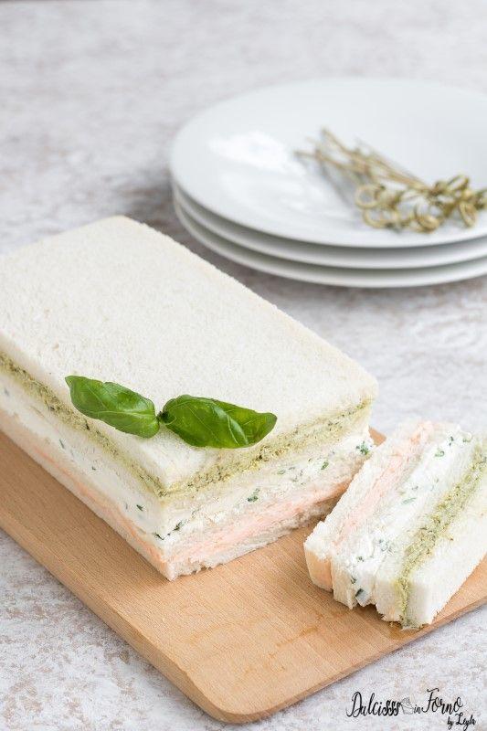 Mattonella salata di tramezzini o Mattonella tricolore con mousse e salse per tramezzini ricetta Dulcisss in forno by Leyla