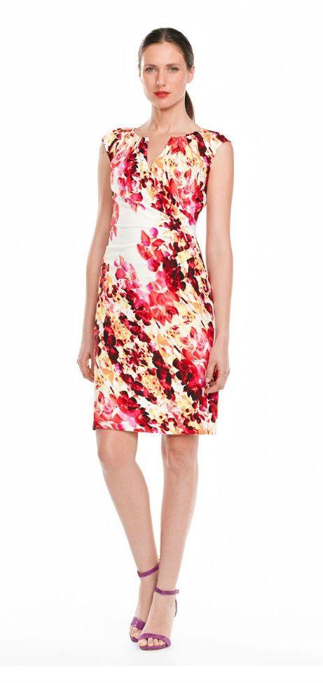 http://vestidosdenoviasencillos.com/2014/09/10/vestidos-cortos-con-estampados/
