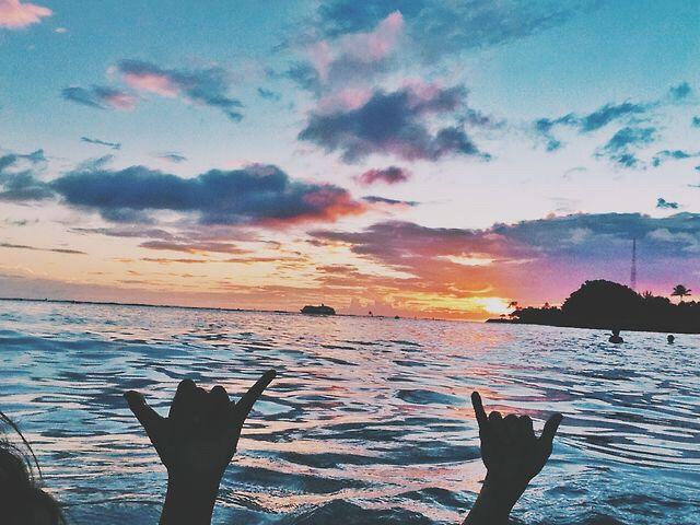 Hang loose   sunset