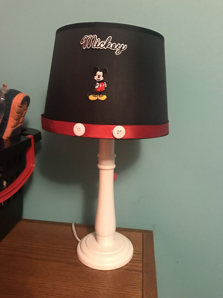best 25 mickey mouse lamp ideas on pinterest mickey. Black Bedroom Furniture Sets. Home Design Ideas