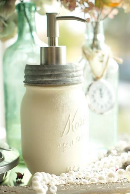 Mason jar soap dispenser: Ball Jars, Paintings Mason Jars, Mason Jars Soaps, Crafts Ideas, Hands Soaps, Canning Jars, White Mason, Glasses Jars, Soaps Dispenser