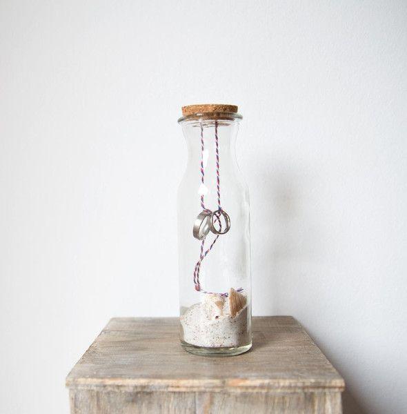 Ringkissen - Ringkissen - Ringflasche Maritim - ein Designerstück von biine-wedding bei DaWanda #Ringkissen #Wedding #Hochzeit #RingkissenAlternative