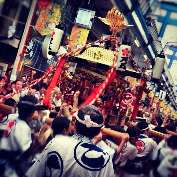 """天神橋店より天神祭の様子をお届けします。 - Japanese traditional festival """"Tenjin Matsuri"""" is today! - @tengyu_bookstore- #webstagram"""