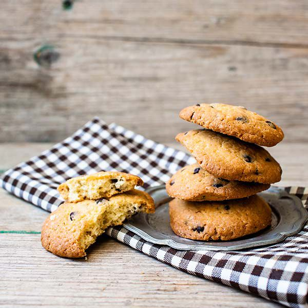 Following a special diet doesn't have to mean missing out on one of life's simple pleasures--chocolate chip cookies! View the full recipe for Grain-free Chocolate Chip Cookies by Jody Garlick here: https://vivantehealth.com/grain-free-chocolate-chip-cookies/#GrainFree #ChocChipCookies #Cookies #chocchip #GF #GlutenFree #NoGluten #Celiacsafe #Celiac #CeliacDisease #DigestiveHealth #Recipe #EatHealthy #Healthy #Health #GutHealth #HealthyGut #InvisibleIllness #ChronicIllness #SpoonieLife