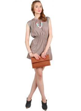 Freesia clutch bag #clutchbag #taspesta #handbag #clutchpesta #fauxleather #kulit #folded #dove #simple #casual #brown Kindly visit our website : www.zorrashop.com