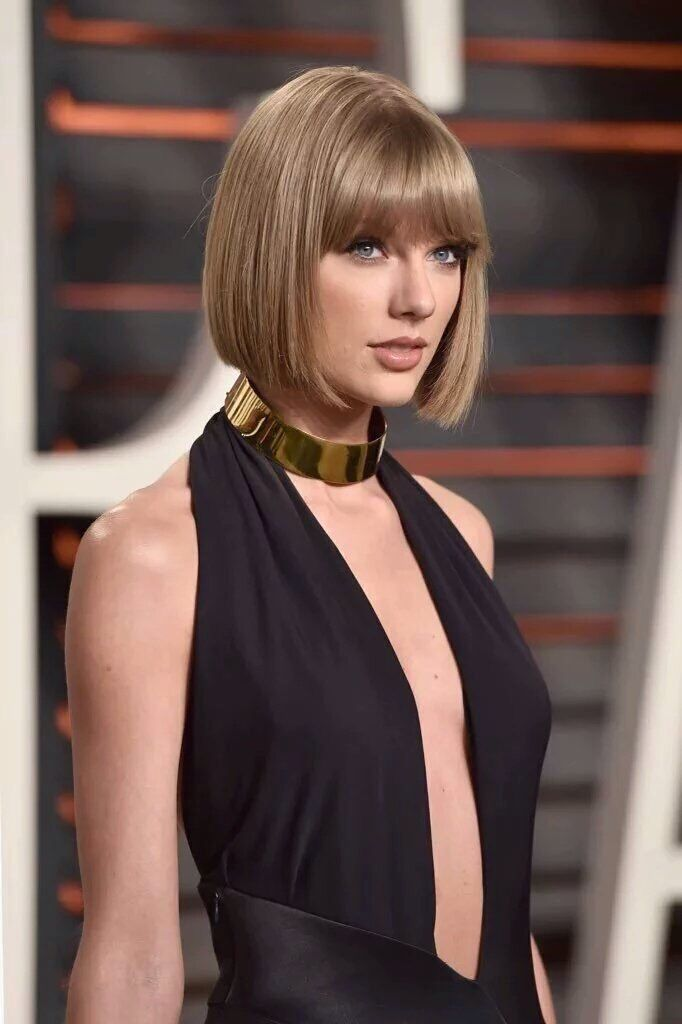 Taylor Swift at the 2016 Vanity Fair Oscar Party on February 28, 2016.