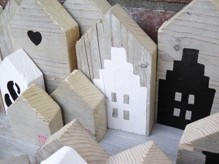 Gemakkelijk zelf te maken, deze grappige houten huisjes. #leenbakker