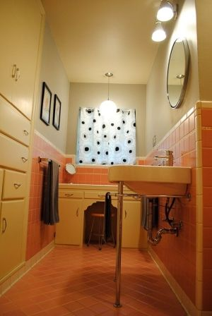17 best decorating around old school bathroom tile images for Pink and orange bathroom ideas