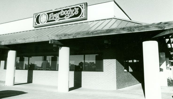 Who remembers Everybody's Restaurant in Hays, KS?
