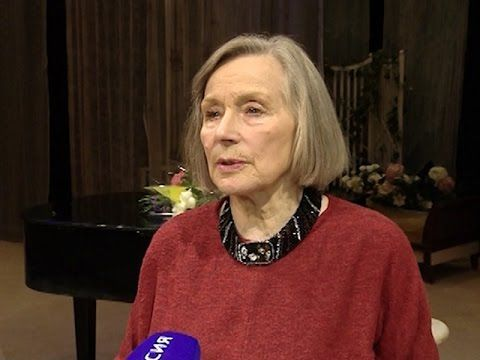 Лариса Малеванная: в Молодежном театре — несколько моих талисманов