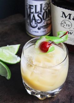Amaretto Southern - The best amaretto cocktail you'll ever have!