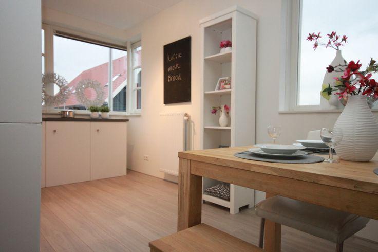 portfolio ingerichte keuken modelwoning - met kartonnen keuken!