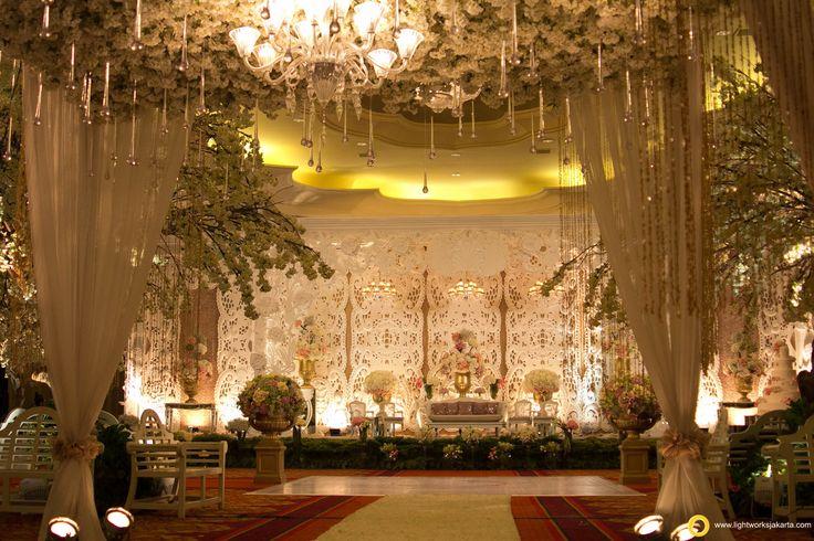 Oscar and Elissa's Wedding Reception; Venue at Ritz-Carlton Kuningan; Organized by Flair WO; Decoration by Nefi Décor; Lighting by Lightworks   www.lightworksjakarta.com