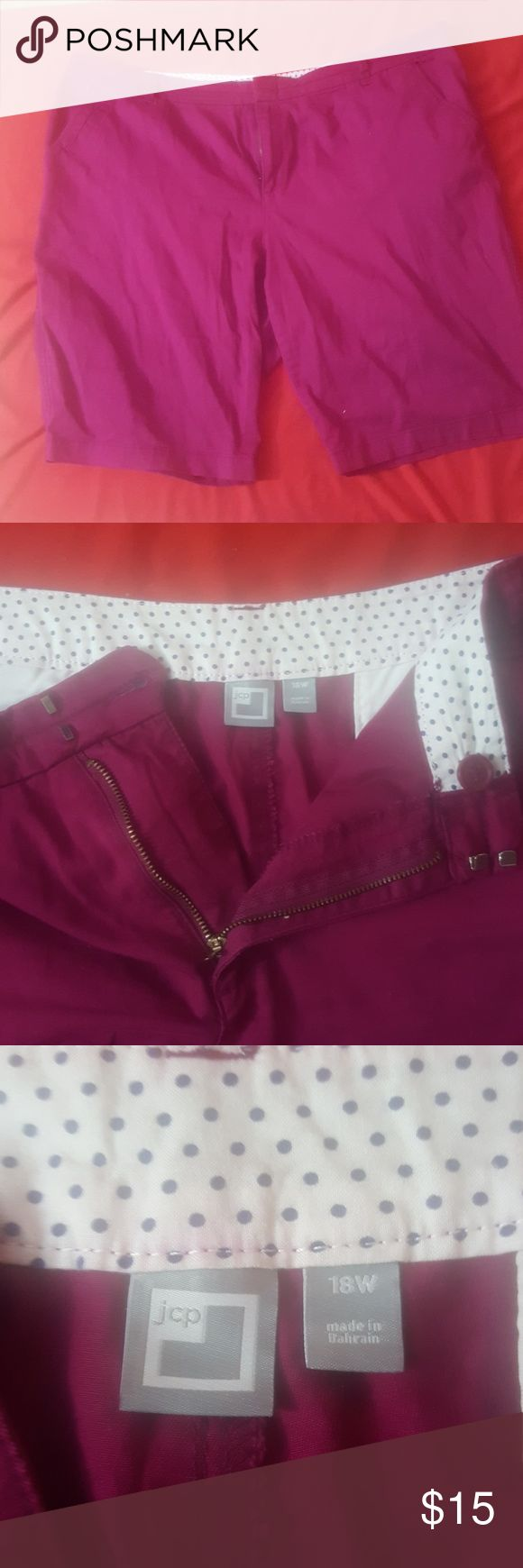 JCP Maroon shorts 18W JC Penny maroon shorts. Zip/button closure. Flat back pockets. Flat side pockets w/small coin pocket. jcpenney Shorts
