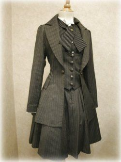 I would feel like a foxy female Sherlock Holmes in this. Just need a pipe and I have the violin!