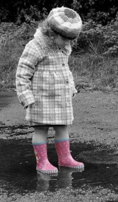 Kids Rain Boots and Rain CoatsFun Activities, Rain Boots, Childhood Memories, Kids Dyi, Home Tips, Stay At Home, Adorable Boots, 15 Activities, Toddlers Boots