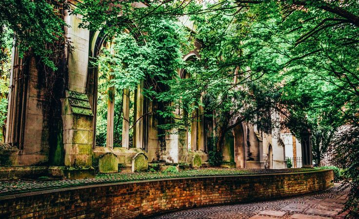 15 Amazing Secret Spots You Have To See In London!Madeline Hearn