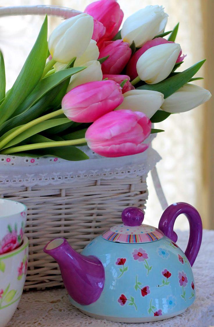 картинки доброе утро с тюльпанами свою недолгую жизнь