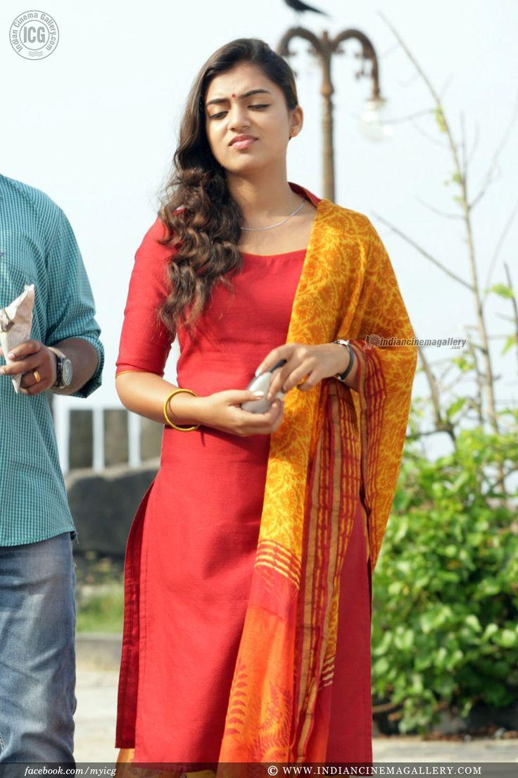 Nazriya Nazim in Om Shanthi Oshaana