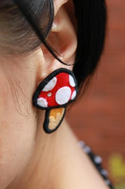 earrings Apple Tree Boutique