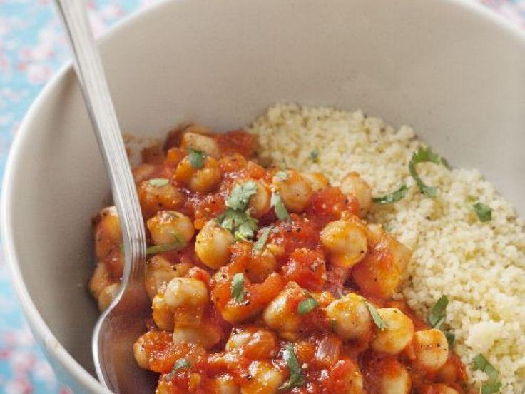 semoule, tomate, oignon, pois chiches