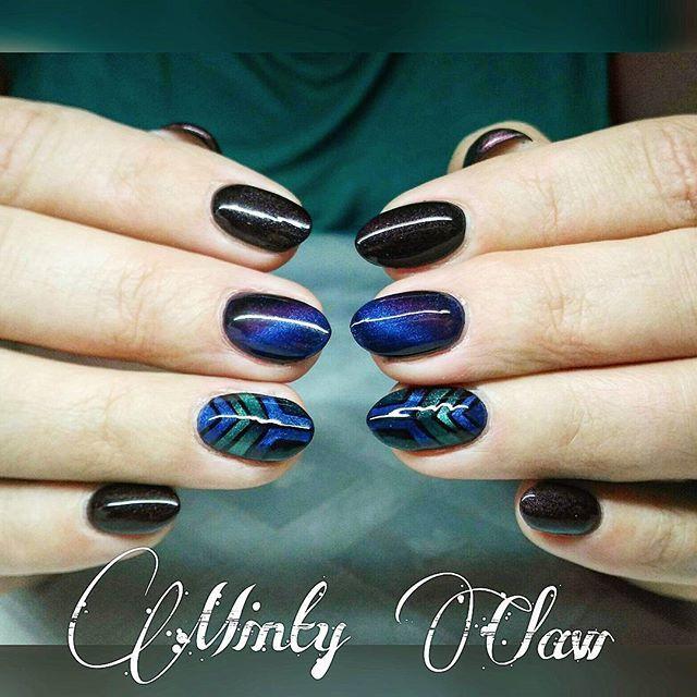 #nails #paznokcie #manicure #instanails #mintyclaw #neonail #nailstoinspire #naturalnails @neonailpoland #cateye #hybridnails #hybrydy