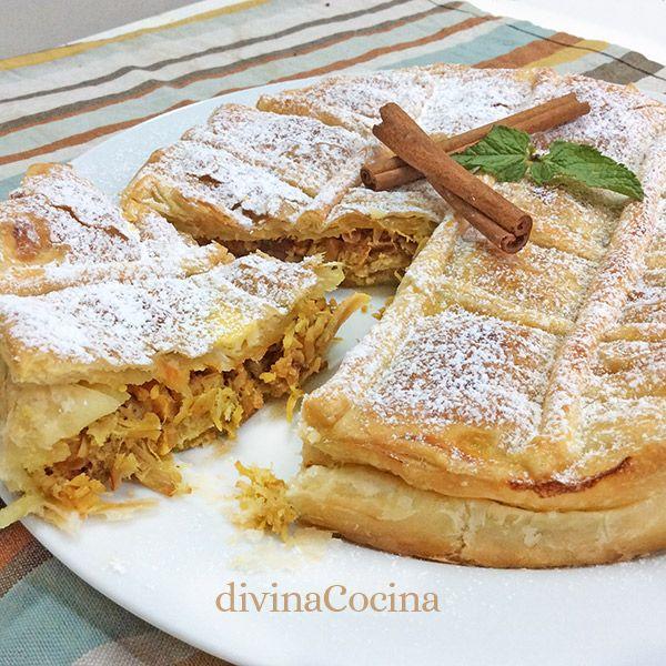 Esta pastela de pollo es una receta tradicional marroquí que suele prepararse con pasta filo, pero hemos usado hojaldre para simplificar la elaboración.