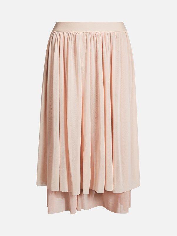 Layered mesh skirt with wide elasic waistband. Mid calf length. B A L A  N C E. Ljusrosa