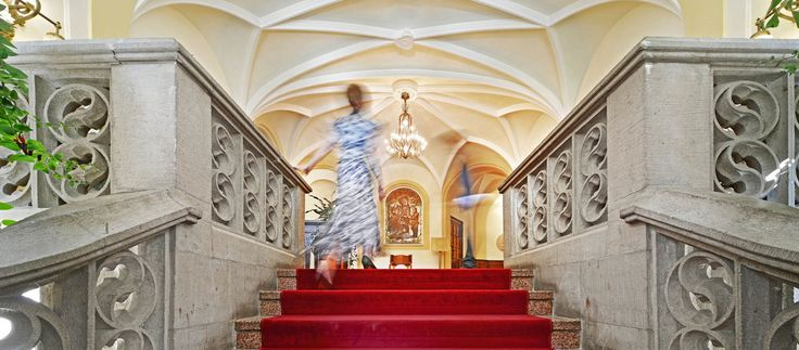 The encounter with the extraordinary begins in the entrance area of the Ringhotel Villa Westerberge, 3-star hotel in Aschersleben
