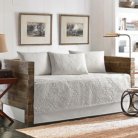 tommy bahama nassau quilted daybed bedding set in white