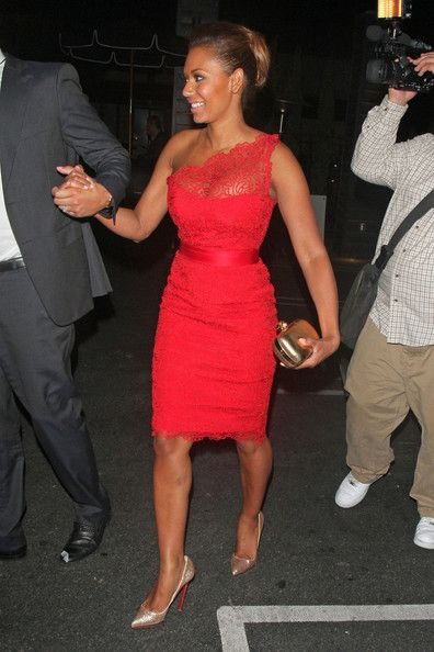 Melanie Brown Photos Photos - Former Spice Girl Mel B seen leaving with husband Stephen Belafonte from David Hasselhoff's birthday party at Greystone night club in Los Angeles. - Melanie Brown at Greystone Night Club