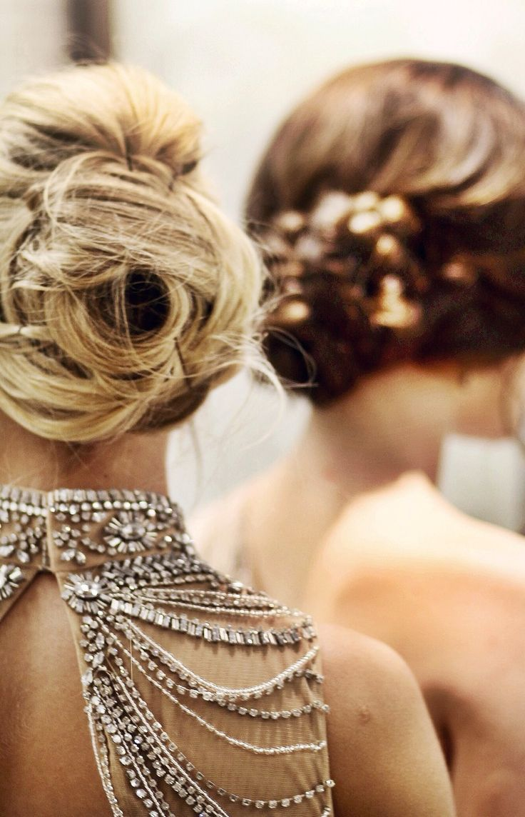 Perfectly tousled up do' and sparkling details.