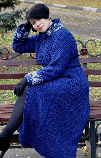 """Вязаное теплое пальто """"Царица-ночь"""" - тёмно-синий,пейсли,пальто женское"""