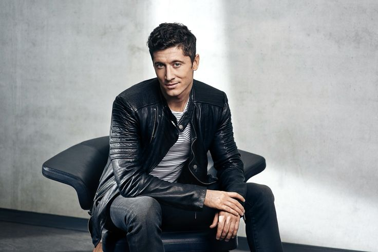 Soccer star Robert Lewandowski in ROCKANDBLUE